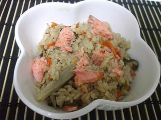 秋鮭の五目ご飯