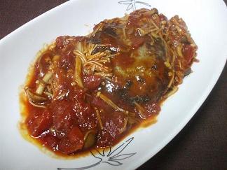 トマト煮込みのハンバーグ