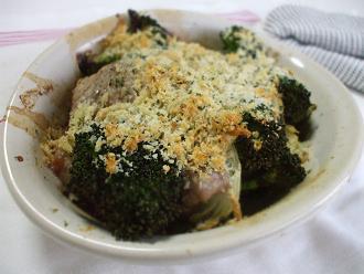 豚肉とブロッコリーのパン粉焼き