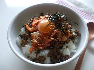 茄子肉味噌のキムチご飯
