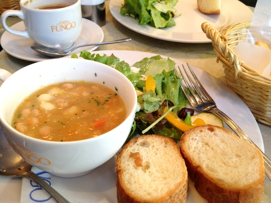 ランチプレート 白いんげんのスープとサラダ