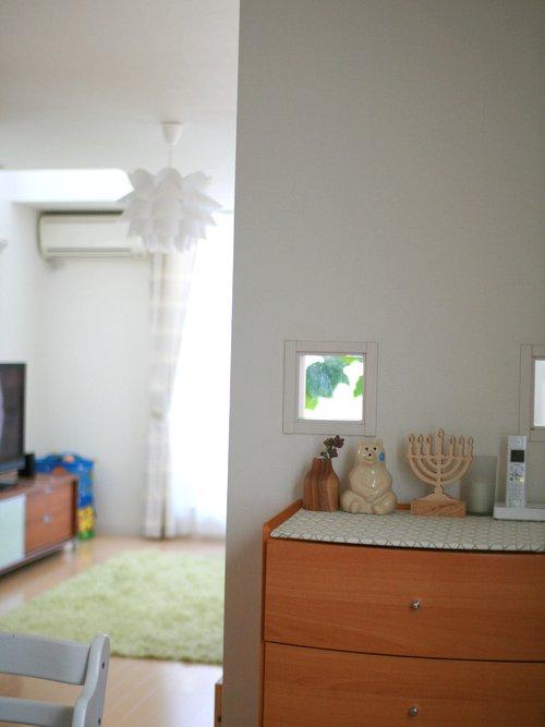 ダイニング側の壁 テレビ