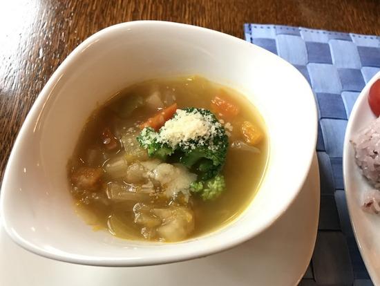ルポゼ_野菜のスープ