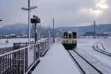まだ、積雪があります故郷の四季の郷駅です 2