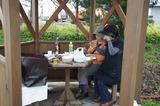 西大山駅の東屋で食事 10