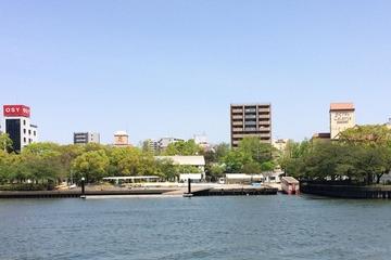 大川を走る水陸両用バス2