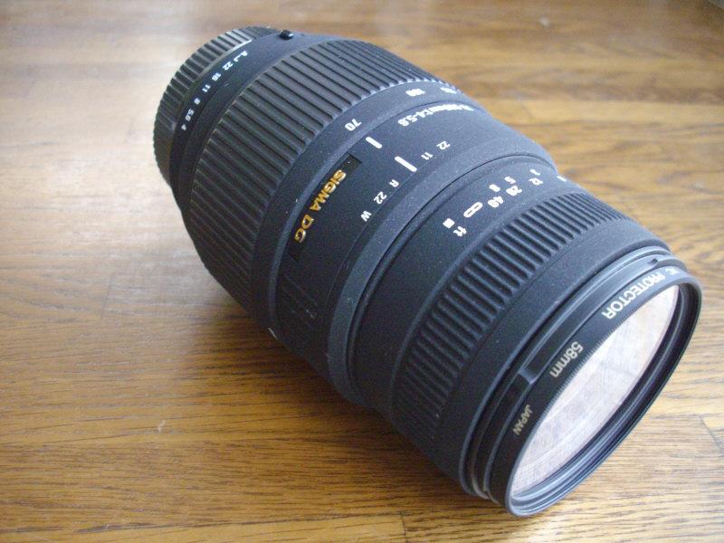 SIGMA 70-300mmズームレンズ