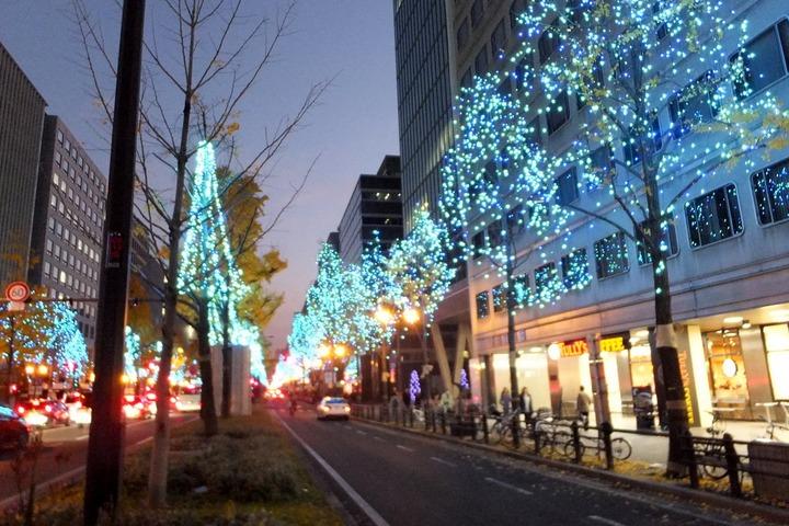 大阪光の饗宴・御堂筋ライトアップ淀屋橋付近