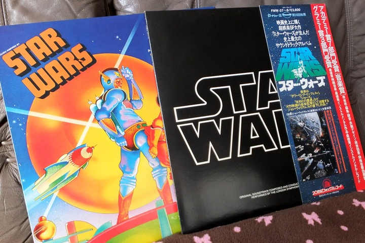STAR WARSのサントラレコードとミーコ版