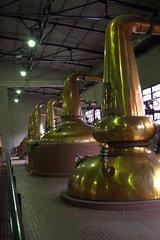 ウィスキー蒸溜器たち