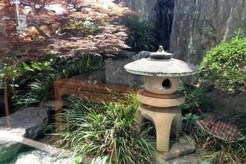 和菓子「谷常」の坪庭