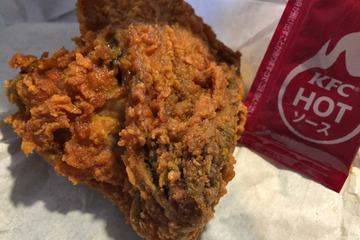 KFCのレッドホットチキンとスパイシーソース
