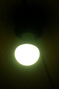 LED電球設置後