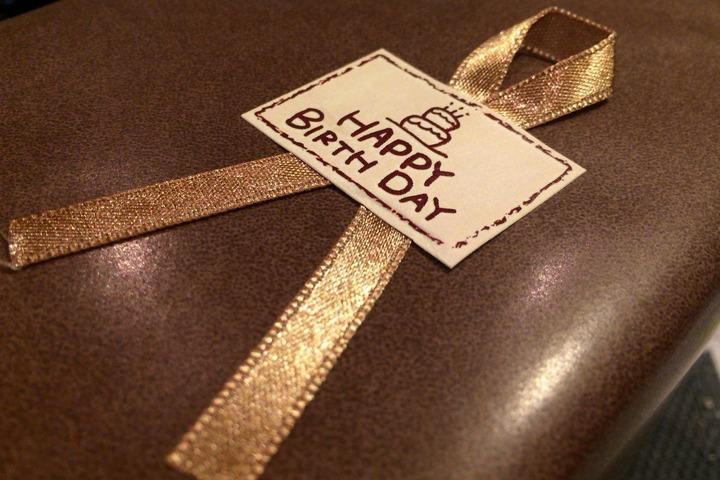 バースデープレゼントのリボン