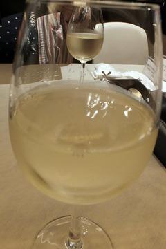 ガンボ&オイスターバーのおすすめグラスワイン(白)