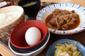 すき家の牛皿定食