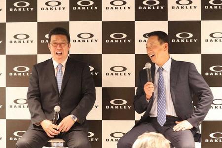 カープ佐々岡監督とのトークショーでOB金本氏が若ゴイ太鼓判「小園と坂倉は丸になれる」「遠藤は身長もあってスピードも」