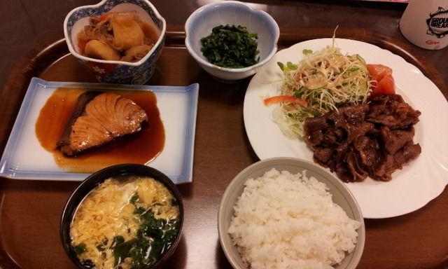 大野寮食事2