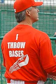 ベース投げるTシャツ