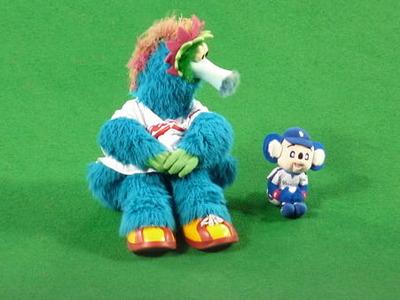 スラィリーとドアラ人形3