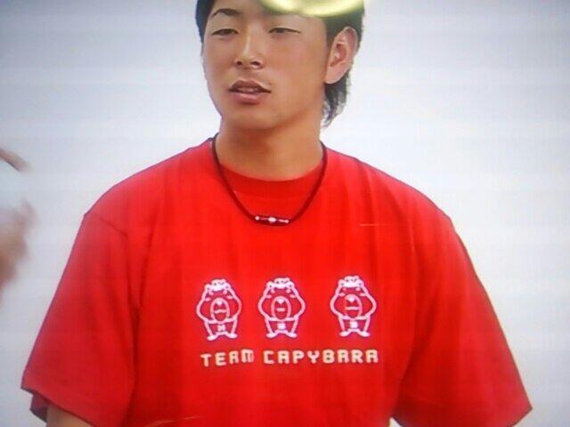 大瀬良チームカピバラTシャツ2