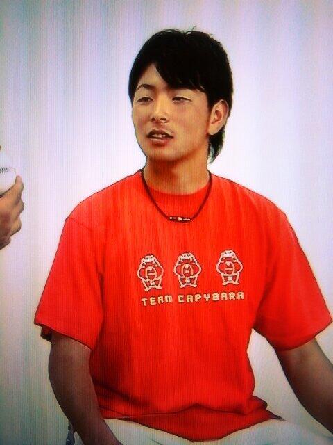 大瀬良チームカピバラTシャツ4