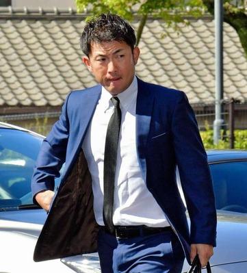 【悲報】広島退団の梵英心さん、いまだ移籍先の報道なし