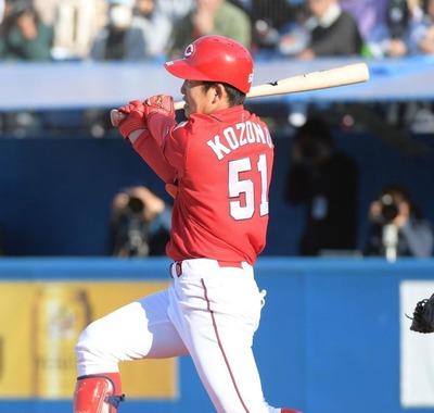 広島ドラ1小園がオープン戦2号2ラン!高卒新人のオープン戦2本塁打は2006年の西武炭谷以来、ドラフト制以降ではセリーグ初の快挙!