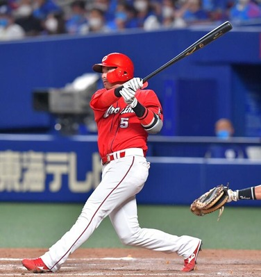 カープ長野久義が通算150号本塁打!