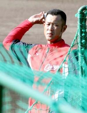 カープ玉木朋孝コーチ、守りからリズム再徹底「堂林も松山も守備は上達する」「小園はメンタル強くして這い上がってほしい」