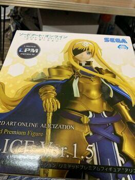 アマゾンで買ったアニメのフィギュア届いたよ!(※画像あり)