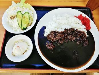 ブラックカレー(税込み750円)