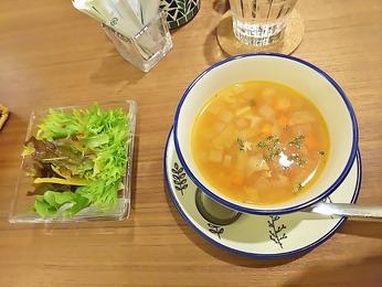 スープは具沢山!!