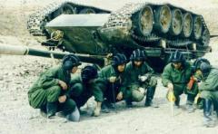 中国で噴出している軍事力増強の歪み、訓練事故が相次ぐ