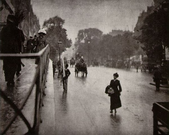 Snapshot of Paris, 1911