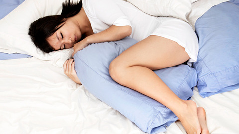 Switch-Your-Sleep-Positions-to-Ease-Back-Pain-722x406