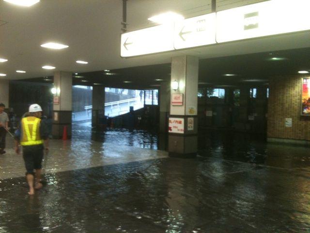 東京大雨4