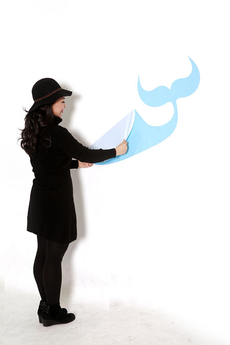 yiying lu sticking wall graphics3