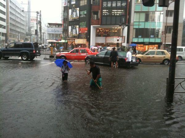 東京大雨2