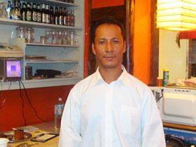 だいすき日本(ネパール創作料理)のオーナーシェフ