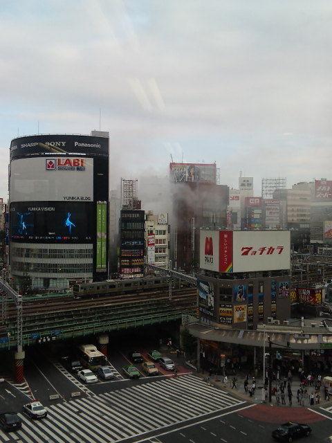 新宿東口オカダヤ火災13