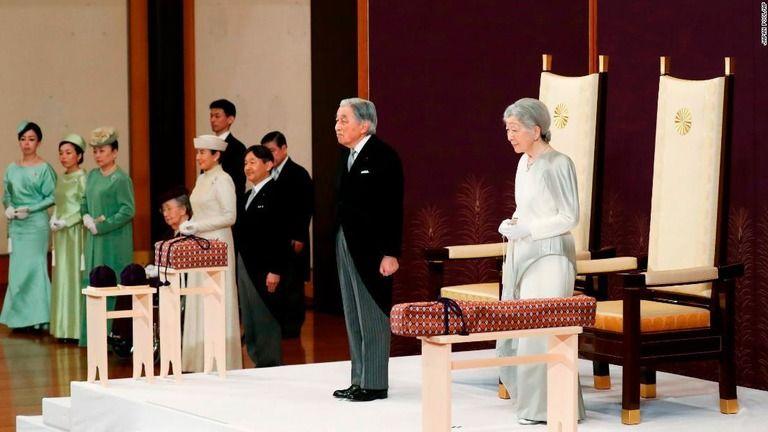 天皇陛下が退位、最後のお言葉で「国民に感謝」