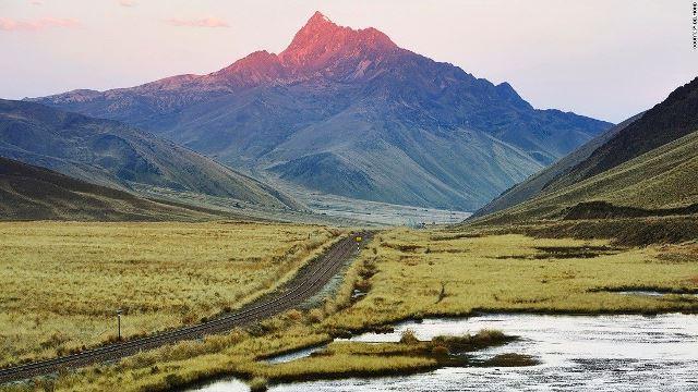 アンデスの高地を抜けて――豪華列車アンデアン・エクスプローラーの旅