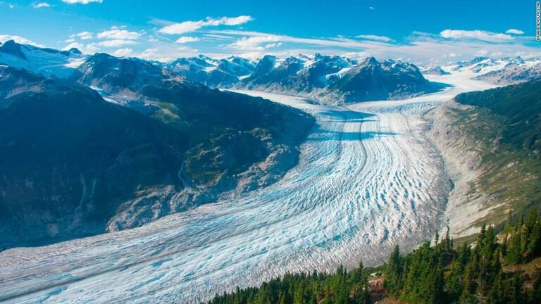 氷河の融解速度、過去20年で2倍に 新研究