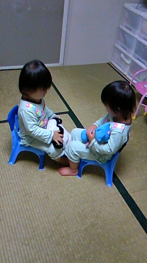双子を授かっちゃいましたヨ☆-1114イス02