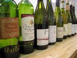 試飲後のワインたち