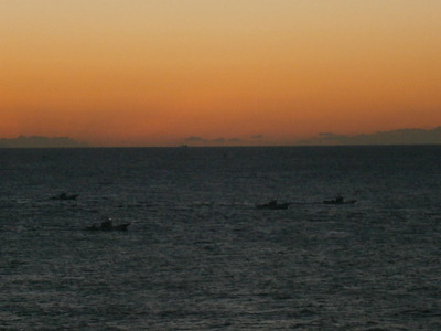 漁船出発1