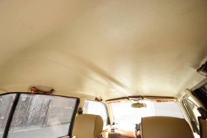 ミラジーノの天井の色をベージュに塗り替えた