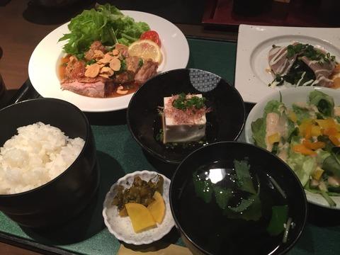 『美食亭 奏』限定20食「肉or魚のボリュームランチ」