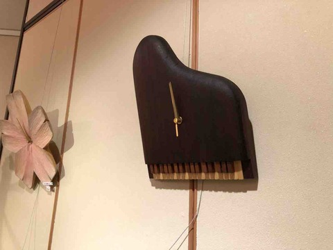 『木工 中村幸人 ―木の調べ展ー』ピアノの壁掛け時計
